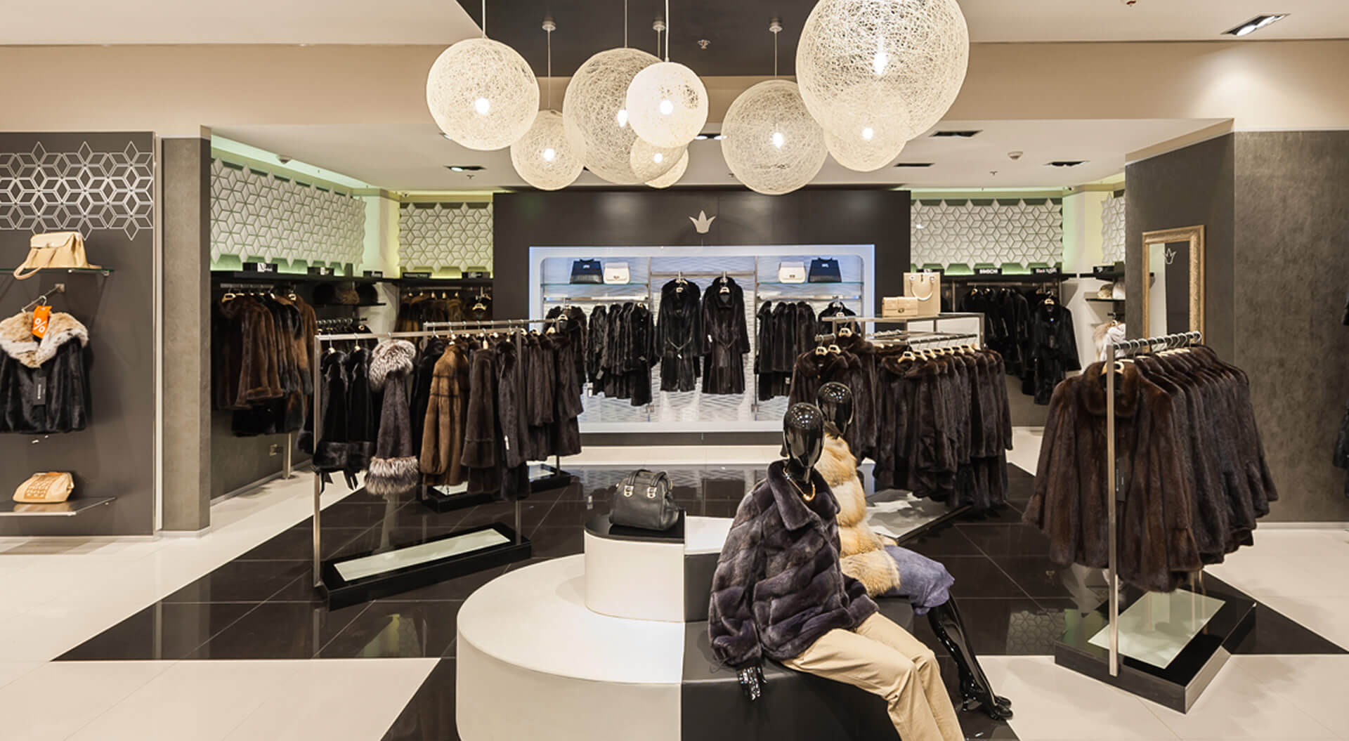 Hypermarket fashion store, best retail interior design, inspiring concepts, rebrand, new trends, ideas, marketing strategy, in-store communications format planning, shop layout, Snow Queen Russia
